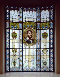 A dazzling portrait of Lajos Kossuth, one of the biggest politicians in the history of Hungary, decorating a stained glass window in Four Seasons Hotel Gresham Palace Budapest.