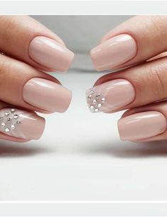 20 Best Nail Art Designs You Need to Wear for 2018. Every woman want to add more charm and glamour in her personality. There are various aspects that ladies use to make them look attractive than ever. Nails are one of them. There are inspirational ideas of various nail art designs for women to use in year 2018. Long, short, almond and acrylic are some of gorgeous nails.