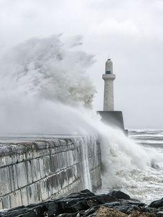 Aberdeen Harbour Light