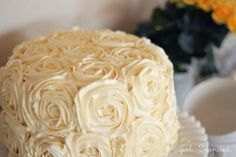 How to Make a Swirled Rose Cake!
