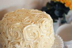 How to Make a Swirled Rose Cake!