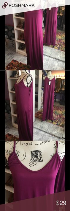 NWT Slinky BoHo Beach Lounge Maxi Dress XL Super cute, and comfy. Microfiber Maxi Dress. XL Purple. For the beach, pool, lounging, or dress it up. 2 side pockets. Dresses Maxi