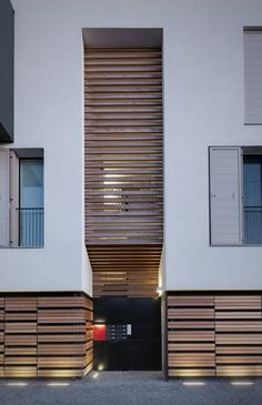 Residential and commercial complex - 2011 - Projects - Projects - Park Associati Architecture Résidentielle, Contemporary Architecture, Facade Design, House Design, Wood Facade, Commercial Complex, Basement House Plans, Wood Design, Construction