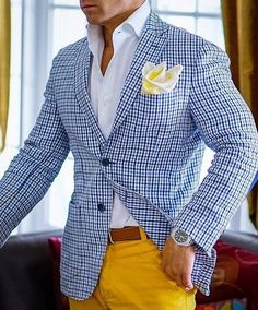 Hi, here are some perfecto casual outfits for men. Getting a good casual wear for men are most times difficult. But check out these perfect casual outfits for men. Gq Style, Men Style Tips, Sharp Dressed Man, Well Dressed Men, Moda Formal, Moda Casual, Mens Fashion Suits, Mens Suits Style, Suit And Tie