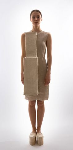 The Cube by Mina Lundgren, a dialogue between body and geometry