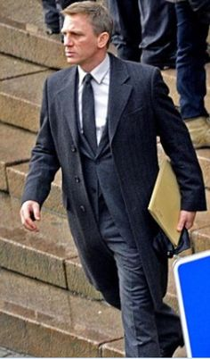 Daniel Craig-nice looking suit James Bond Suit, James Bond Party, James Bond Style, Craig Bond, Daniel Craig James Bond, Rachel Weisz, Estilo James Bond, David Sutcliffe, Daniel Graig