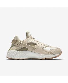 Sneaker Central NIKEÂ HUARACHE (WMS) Foot Locker Stuff to Buy
