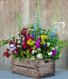 Container Flowers Ideas New Amazing Diy Outdoor Planter Ideas to Make Your Garde. Container Flowers Ideas New Amazing Diy Outdoor Planter Ideas to Make Your Garden Wonderful Diy Garden, Garden Cottage, Garden Projects, Garden Pots, Spring Garden, Garden Ideas Pot Plants, Diy Projects, Garden Ideas Diy, Potted Garden