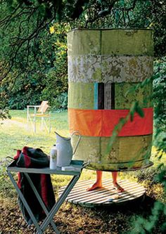 Outdoor shower, or changing room, would be Grate for music festivals or camping!large hula hoop with pretty sheets or fabric or shower curtains Camping Survival, Camping Gear, Camping Hacks, Camping Equipment, Family Camping, Camping Water, Camping Guide, Survival Prepping, Backpack Camping