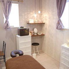 Massage Room Decor, Office Desk, Corner Desk, House Design, Furniture, Interior Ideas, Lightning, Healing, Home Decor