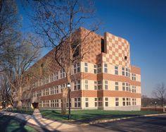 Lewis Thomas Laboratory, Princeton University, New Jersey (1986)