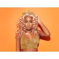 She is just slaying this look. Hold your crown Queen Black Girl Magic, Black Girls, Black Women, Birthday Photos, Birthday Ideas, Poses, Up Girl, Black Is Beautiful, Pink Hair