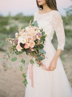 Organic and Earthy Arizona Desert Wedding Ideas | Wedding Sparrow | Of Georgia Photography