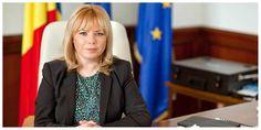 Anca Dragu, preşedintele Senatului, despre adoptarea euro: România va fi pregătită în 2024 să adopte euro. Beneficiile adoptării euro sunt uriaşe Euro, Blazer, Jackets, Women, Fashion, Down Jackets, Moda, Fashion Styles, Blazers