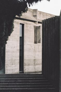 Classics: The Brion Cemetery by Carlo Scarpa — - archaic Facade Architecture, Historical Architecture, Ancient Architecture, Sustainable Architecture, Landscape Architecture, Carlo Scarpa, Sendai, Artist And Craftsman, Concrete Building