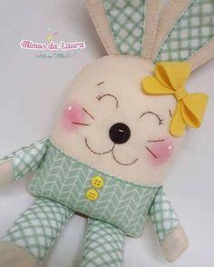 Ambrosial Make a Stuffed Animal Ideas. Fantasting Make a Stuffed Animal Ideas. Doll Crafts, Sewing Crafts, Craft Projects, Sewing Projects, Patchwork Baby, Diy Ostern, Fabric Animals, Operation Christmas Child, Fabric Toys