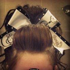 to ] Great to own a Ray-Ban sunglasses as summer gift.Fashion and Vintage styles. Cheer Hair, Cheer Bows, Love Hair, Big Hair, High School Hairstyles, Competition Hair, Cheer Workouts, Pretty Hair Color, Cheerleading Outfits