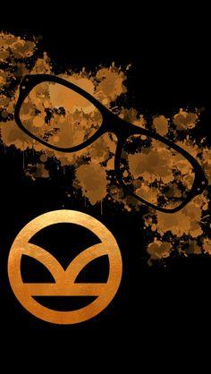 Kingsman logo and its special spectacle Movie Wallpapers, Cute Wallpapers, Wallpaper Backgrounds, Iphone Wallpaper, Screen Wallpaper, Kingsman Glasses, Taron Egerton Kingsman, Mark Millar, Manga Anime