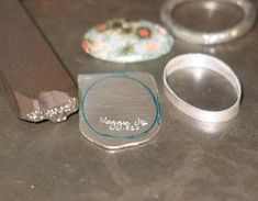 Bezel-Setting Tutorial : 19 Steps (with Pictures) - Instructables Sea Glass Jewelry, Clay Jewelry, Jewelry Crafts, Jewelry Art, Beaded Jewelry, Handmade Jewelry, Jewelry Design, Gold Jewelry, Amber Jewelry