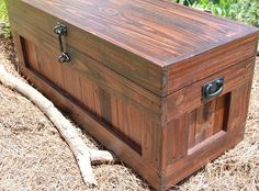 Large Red Mahogany Hope Chest/Coffee by LooneyBinTradingCo on Etsy, $385.00