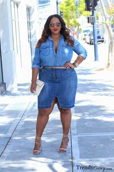 Trendy Curvy Looks amazing in her double denim look. Remember to keep your denim shades darker on bottom to flatter your curves!