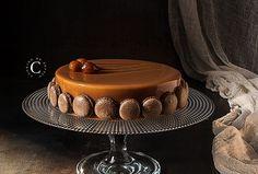 Entremets cioccolato, nocciola e pralinato · Cooking me softly Chocolate Dome, Chocolate Hazelnut, Chocolate Desserts, Melting Chocolate, Fancy Desserts, No Bake Desserts, Best Dessert Recipes, Cake Recipes, Cremeux Caramel