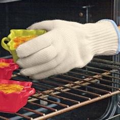 Oven Gloves-Handle 400° pans with five-finger dexterity—no slip-ups!