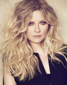 Kirsten Dunst para L'Oréal Professionnel