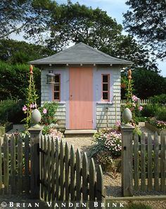 Darling little garden shed