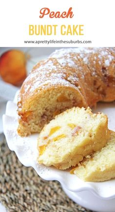 This Peach Bundt Cake is tender, sweet and so delicious. The peaches add the perfect touch of flavour...you want a piece now, I know it. Peach Cake Recipes, Peach Pound Cakes, Peach Dessert Recipe, Fresh Peach Recipes, Food Cakes, Cupcake Cakes, Cupcakes, Cake Chocolat, Bunt Cakes