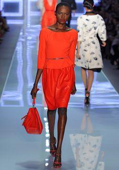 mono chroma  Christian Dior spring 2012 Bill Gaytten