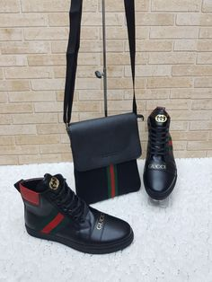 Nadire Atas on Matching Shoes and Bags Gucci Women's Shoes, Hot Shoes, Gucci Shoes, Me Too Shoes, Shoe Boots, Shoe Bag, Fashion Bags, Fashion Shoes, Gucci Brand