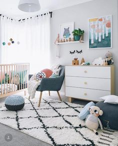 Loving this modern gender neutral nursery