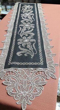 Fun Crafts, Machine Embroidery, Bohemian Rug, Elsa, Salons, Angeles, Cross Stitch, Cool Stuff, Sewing