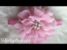 Flor de chifon esponjosa 🏵❤ chifon flower - YouTube Diy Hair Bows, Ribbon Hair, Silk Ribbon, Organza Flowers, Fabric Flowers, Baby Hair Bands, Silk Roses, Cotton Crochet, Diy Hairstyles