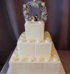 (1160) LEGO Theme Wedding Cake More