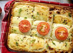 Turkse aardappelschotel | Kookmutsjes My Kitchen Rules, Turkish Recipes, Quiche, Zucchini, Food Photography, Potatoes, Tasty, Nutrition, Dishes