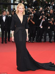 Best of the 2015 Cannes Film Festival Red Carpet The Best of the 2015 Cannes Film Festival Red Carpet - Cate Blanchett in Armani Privé. fromThe Best of the 2015 Cannes Film Festival Red Carpet - Cate Blanchett in Armani Privé. Cate Blanchett, Celebrity Red Carpet, Celebrity Style, Cannes Film Festival 2015, Cannes 2015, Festival 2017, Best Gowns, Studded Dress, Red Carpet Gowns