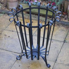 Large Patio Fire Basket or Brazier £55.00 NO Fiddly Bolts. Fully assembled