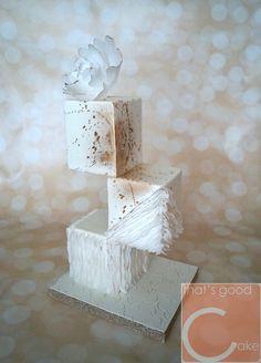 Gravity Defying Cube Cake!                              …