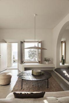 Una villa de esencia mediterránea en la isla de Mykonos de Block722 Architects+