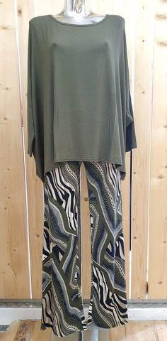 pantalon fluide zèbre graphique - CpourL Blouse, Skirts, Fashion, Shirt Blouses, Chart, Moda, Fashion Styles, Blouses, Skirt