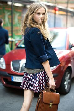 blue blazer with printed skirt. love the bag, it perfectly makes this outfit casual