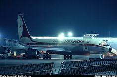 Boeing 707-337C aircraft picture