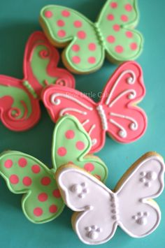 Pink Little Cake: Butterfly Cookies and Cupcakes