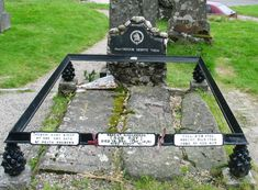 Image Detail for - This is the famous Rob Roy's grave, buried with his widow and son ...