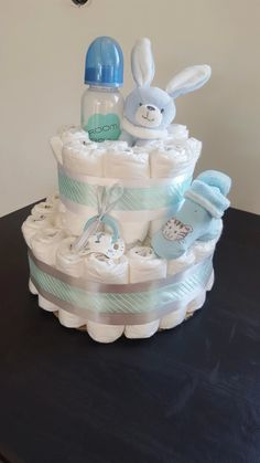 Boy Baby Shower Themes, Baby Shower Fun, Baby Shower Decorations, Baby Shower Gifts, Baby Gift Hampers, Baby Hamper, Cadeau Baby Shower, Baby Shower Diapers, Gateau Baby Shower Garcon