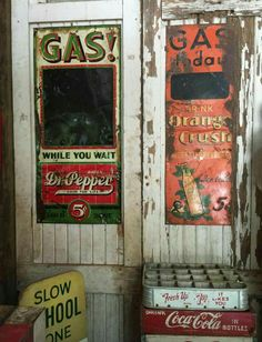 Rare Tin Dr. Pepper & Orange Crush Gasoline Pricer Signs Country Stores, Flea Market Style, Garage Signs, Point Of Purchase, Old Signs, Dr Pepper, Orange Crush, Gas Station, Vintage Advertisements