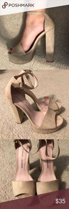 Chinese Laundry tan heels! The cutest heels ever! Tan Chinese Laundry platform heels in size 8. Pictures show some wear at the toes. Chinese Laundry Shoes Heels