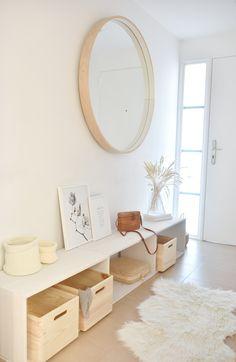 Living Room Tv, Home And Living, Corner Wall Decor, White Hallway, Interior Decorating, Interior Design, Dream Rooms, Home Renovation, Home Decor Inspiration